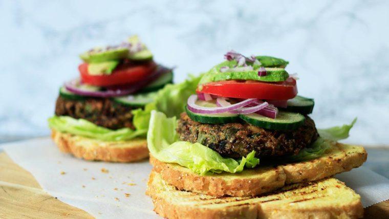 Vega-burgers-met-bonen
