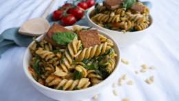 Fusilli-met-spinazie-tofu-en-pijnboompitten-Wakker-Dier