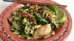 Aziatische-noedels-met-vega-kipstukjes-Wakker-Dier1