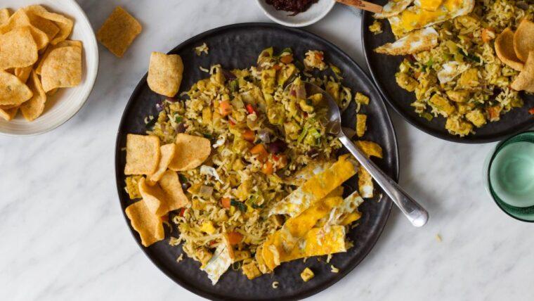 Vegetarische nasi met tempeh en ei-reepjes – Wakker Dier