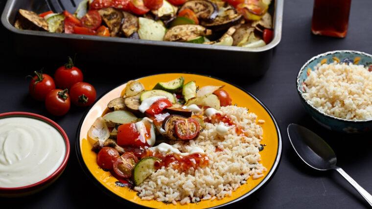 Geroosterde-groenten-met-knoflooksaus – Wakker Dier