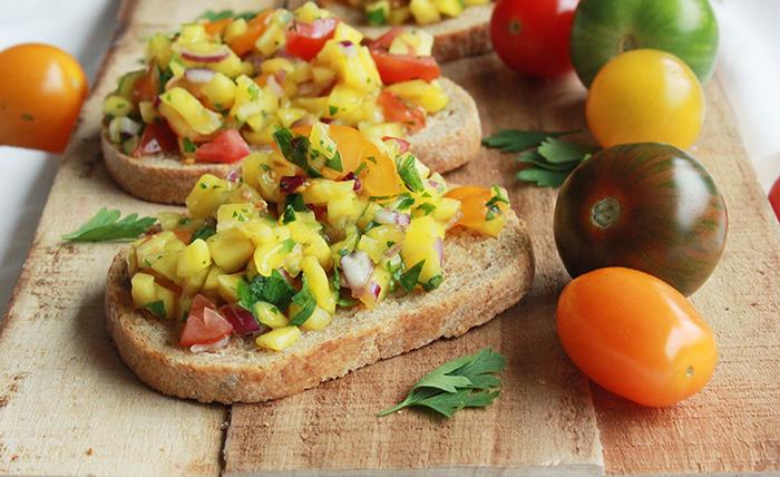 Mango salsa toast